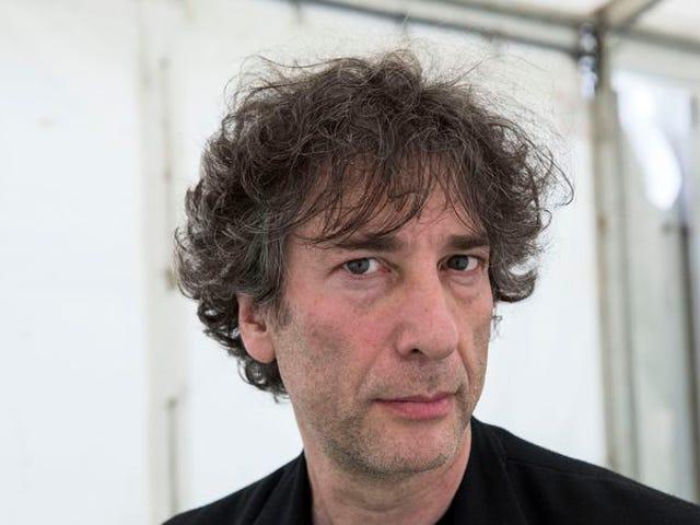 การแสดงความสามารถ Cheesecake Factory ของ Neil Gaiman เพิ่มขึ้น $ 100k สำหรับผู้ลี้ภัย