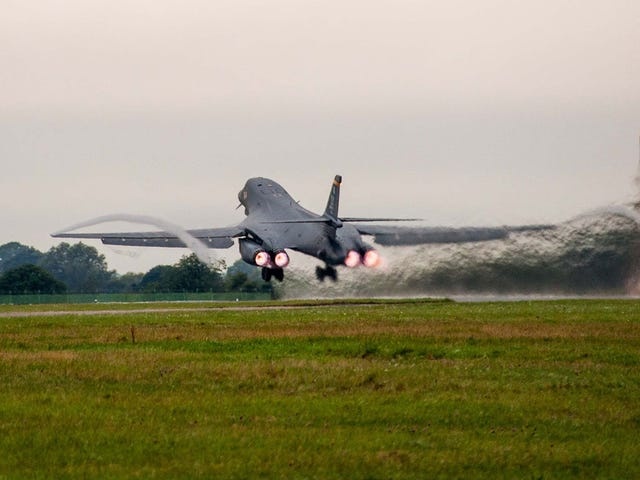 Watch A B-1B Depart RAF Fairford With Fuel Afterburner