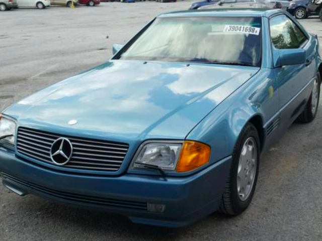 This 1,180-Mile Mercedes 500 SL Was Stolen Before It Became a Barn Find
