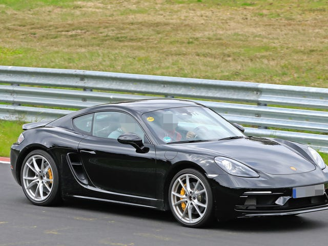 Anim na Cylinder Porsche 718 Boxster at Cayman Touring Models Spied Testing