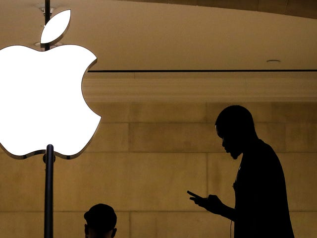 Rogue App Makers Are Creeping Through the Cracks in Apple's Walled Garden