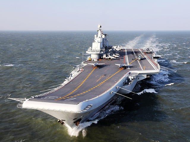 China enviará aviones por el estrecho de Taiwán