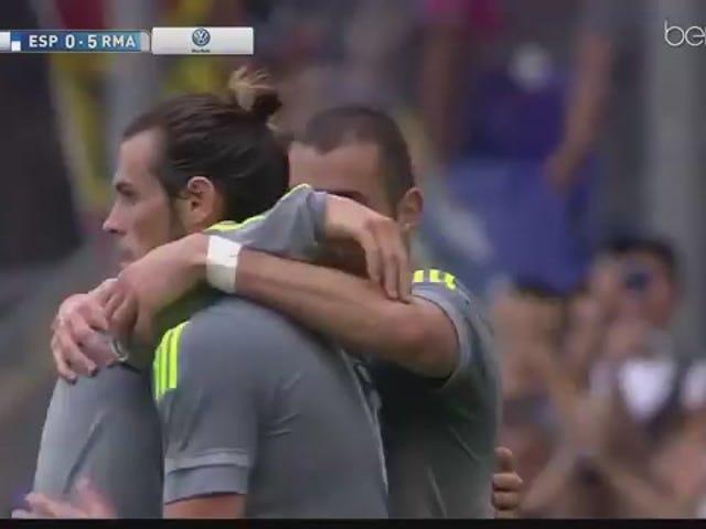 Ο Κριστιάνο Ρονάλντο σκοράρει πέντε γκολ κατά την καταστροφή της Εσπανιόλ