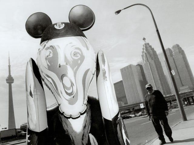 Taiteilijat yrittävät kuvitella taidetta varastavia Twitter-robotteja laukaistakseen onnistuneita yrityslakimiehiä