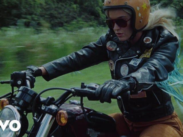 Las 'Harleys en Hawai' de Katy Perry deberían ir directamente al infierno
