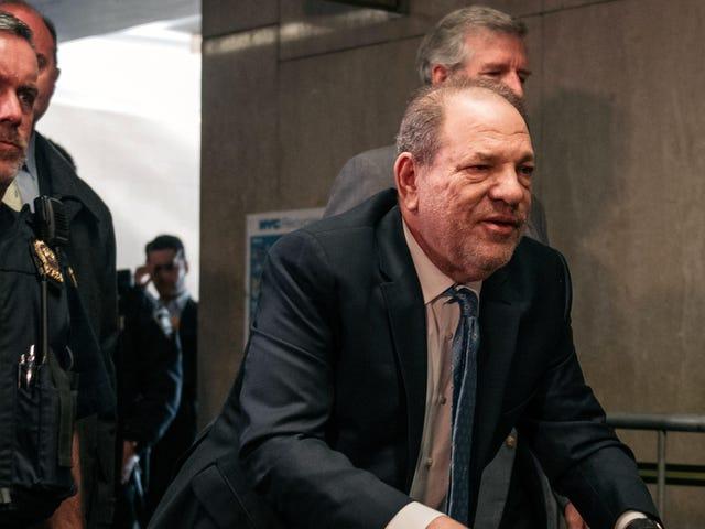 """Lo stupratore condannato Harvey Weinstein ha assunto un """"consulente carcerario"""" per rendere più facile la vita in prigione"""