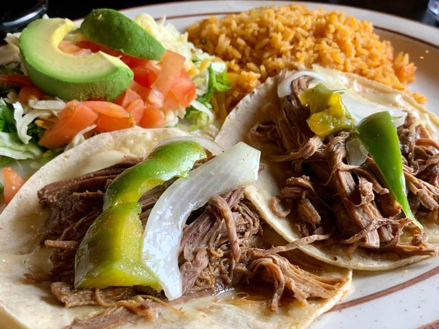 """<a href=""""https://thetakeout.com/texans-argue-tacos-official-texas-state-food-1833746990"""" data-id="""""""" onClick=""""window.ga('send', 'event', 'Permalink page click', 'Permalink page click - post header', 'standard');"""">Vocal Texans argue tacos should be named official Texas state food</a>"""