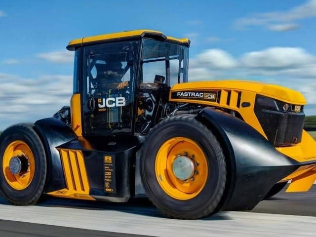This 1,000 HP Tractor Went Over 100 MPH and Blitzed The Tractor World Speed Record
