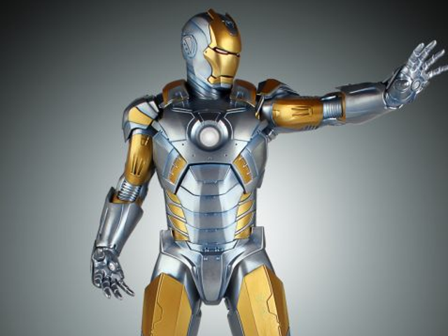 Hajime Sorayama's gorgeous Iron Man suit is becoming an expensive Statue