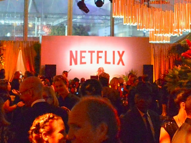使用此擴展程序進行Netflix Party,可將您的信息流轉變為群聊