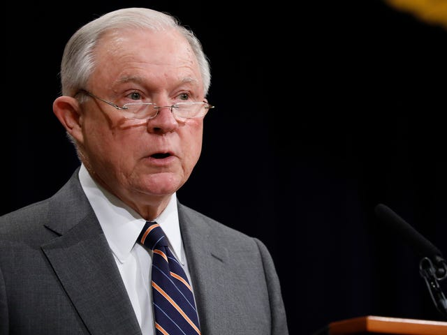 Chicago Tribune Editorial Board Has an Epic Clapback for Jeff Sessions