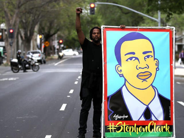 Sacramento, Calif., Cops Who Shot and Killed an Unarmed #StephonClark Are Headed Back to the Streets