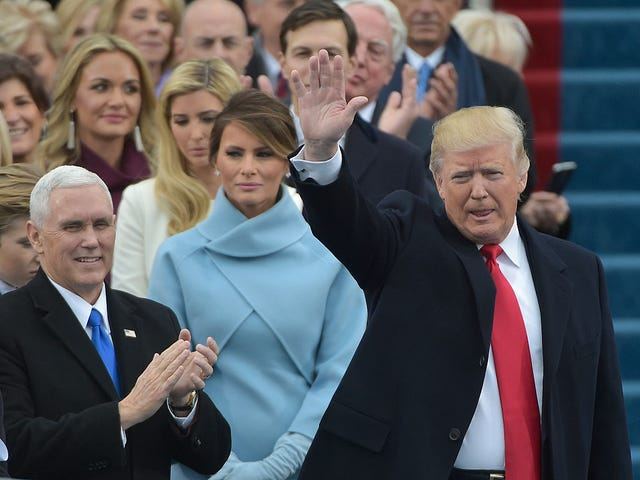 New Photos Prove That Trump Stay Lying: No One Showed Up at His Inauguration