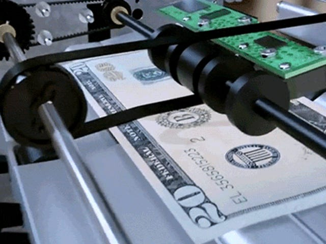 Wie geben Geldautomaten jedes Mal die richtige Menge an Scheinen aus?
