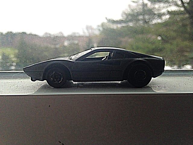สัปดาห์รถ LaLD: วันพุธที่แปลกประหลาด -1/64 Ferrari 308