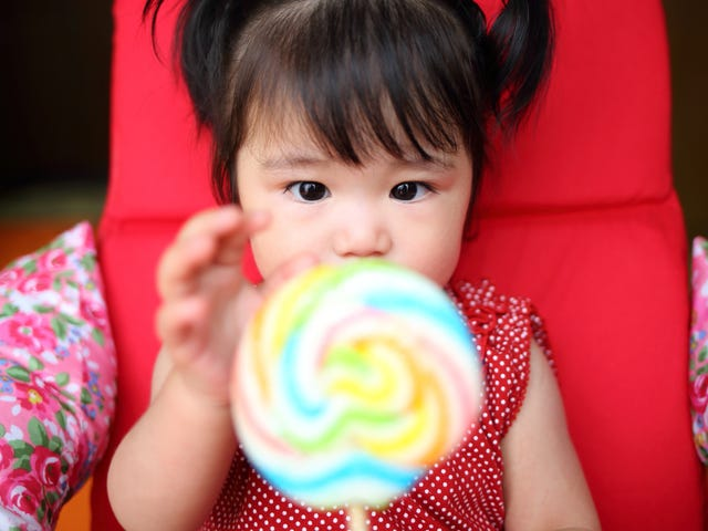 CDC study: American toddlers consume more sugar than is recommended for adults