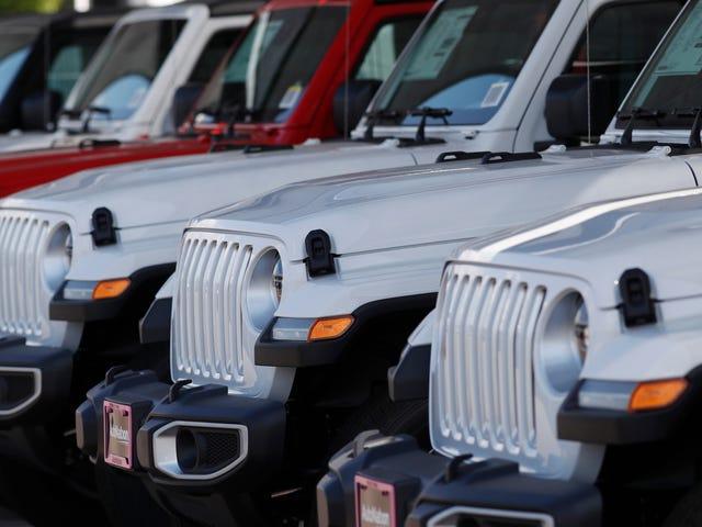 Średnia pożyczka na nowy samochód trwa już ponad 70 miesięcy, ponieważ ludzie oszaleli