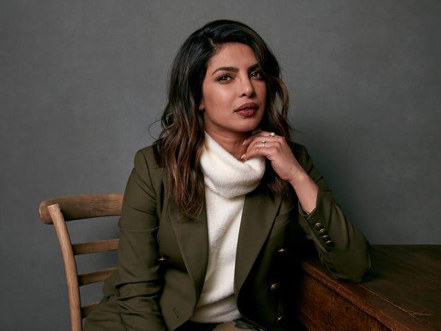 Priyanka Chopra não se desculpa pela beleza como forma de autocuidado