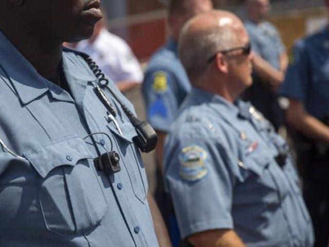 Budaya Penyalahgunaan dan Racisme Terungkap di Jabatan Polis Ferguson
