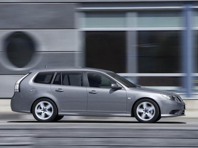 Saab 9-3 wagons are beautiful and this one is NP