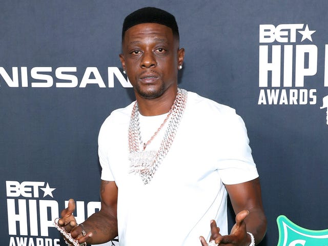 Boosie Says He Rejected Jay-Z's Suggestion to Apologize for Offensive Zaya Wade Comments and It's Clear Someone Still Needs to Take His Phone