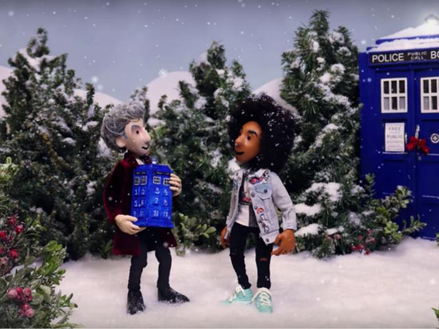 """Doctor Who """"क्रिसमस के 12 डॉक्टरों"""" के साथ मनहूस छुट्टी गीत को बचाने में मदद करता है"""
