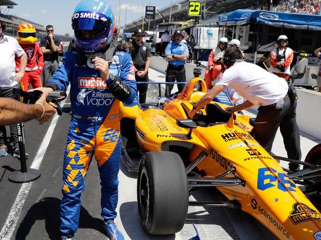 Fernando Alonso และ McLaren โดนชนจาก Indy 500 Grid
