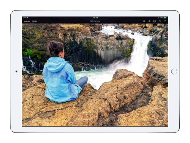 Pixelmator for iOS Adds Magnetic and Quick Selection Tools