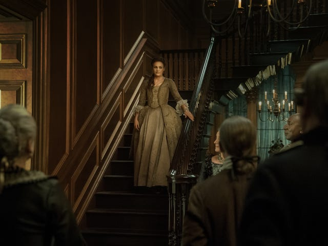 """<a href=https://tv.avclub.com/outlanders-brianna-problem-persists-in-an-episode-that-1831722851&xid=17259,15700021,15700043,15700186,15700190,15700256,15700259,15700262 data-id="""""""" onclick=""""window.ga('send', 'event', 'Permalink page click', 'Permalink page click - post header', 'standard');""""><i>Outlander</i> &#39;s Brianna problem fortsetter i en episode som bare virkelig får Claire og Jamies forhold rett</a>"""