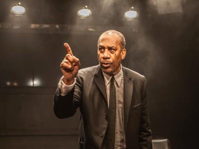 Ang Scandal's Joe Morton at Dick Gregory Talk Turn Me Loose, isang Bagong Play Tungkol sa Aktibista-Komedya ng Buhay