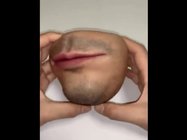 Realistic Human Face Coin Purse Is Nightmare Fuel