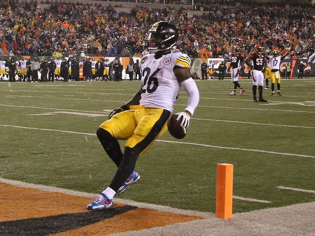 The Steelers Have Ransacked Le'Veon Bell's Locker