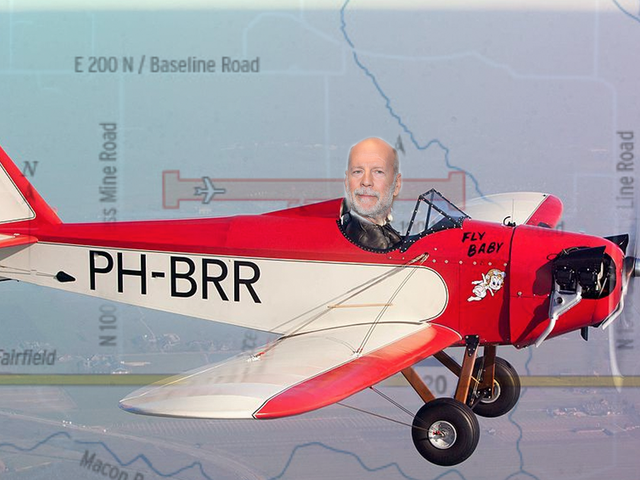 ブルース・ウィリスがアイダホ州のような大きな空港を建設している理由は誰も分かりません