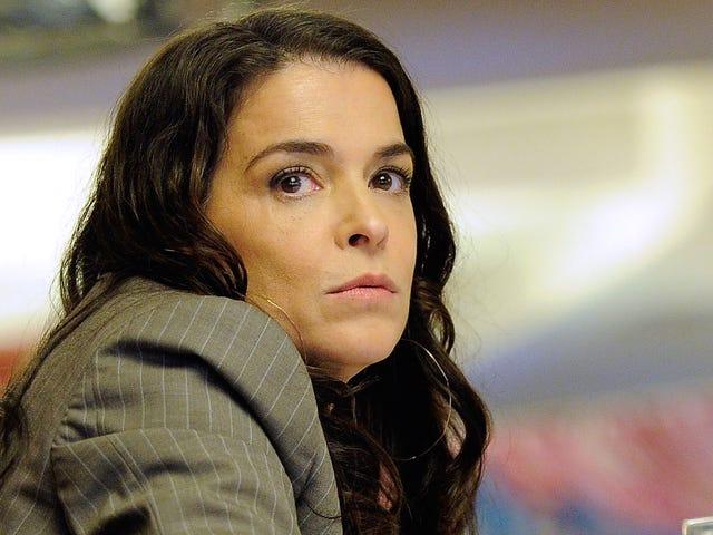 Annabella Sciorra Says That Harvey Weinstein's Arrest Was Not Justice