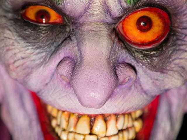 The Joker Gets a Truly Disturbing Bust Designed by Horror Master Rick Baker