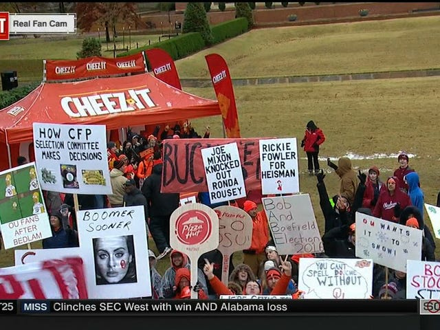 Stoops fa rima con Poops: Your Stillwater <i>College GameDay</i> Sign Roundup