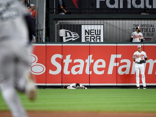 Gli Orioles dovrebbero considerare di ottenere un ordine restrittivo contro Gleyber Torres
