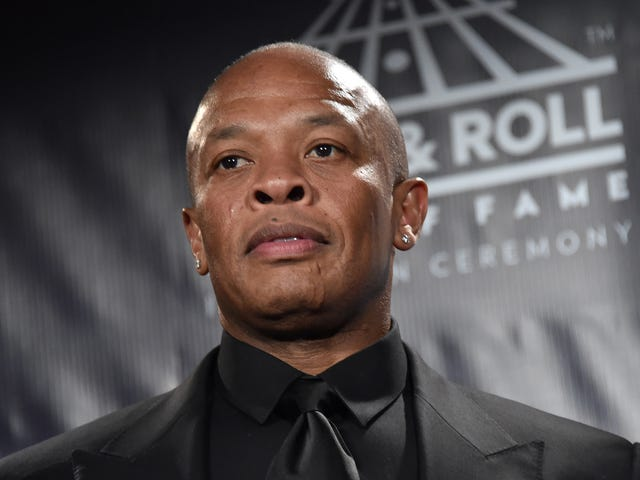 Dr. Dre Donates $10,000,000 to Build Performing Arts Center for Compton, Calif., High School