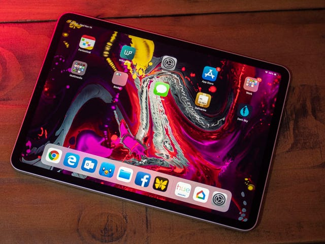 Apple's Latest (and Largest) iPad Pros are on Sale at Woot