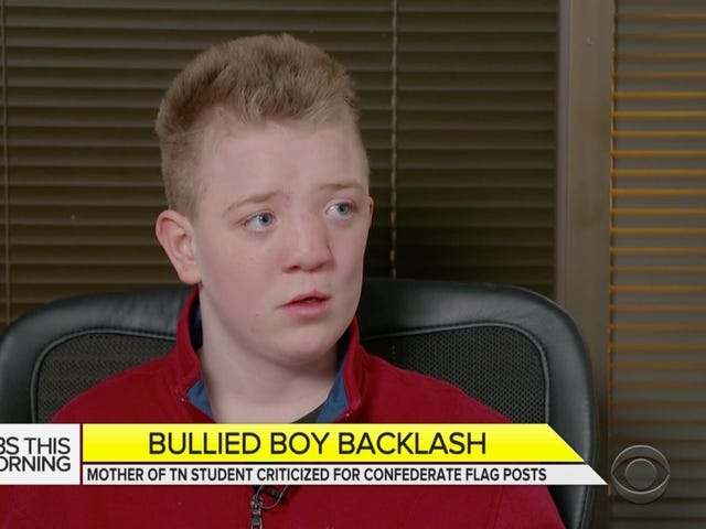 A Viral Story About A Bullied White Boy And His Racist MAGA Scamming Mom Is The Perfect Way to End 2017