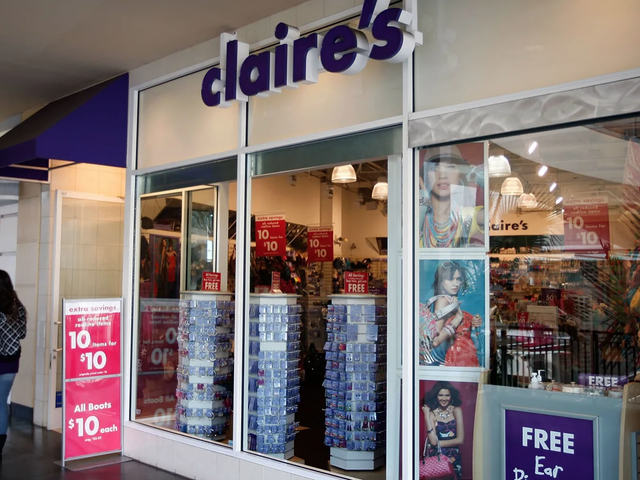 FDA Also Finds That Claire's Cosmetics Could Contain Asbestos