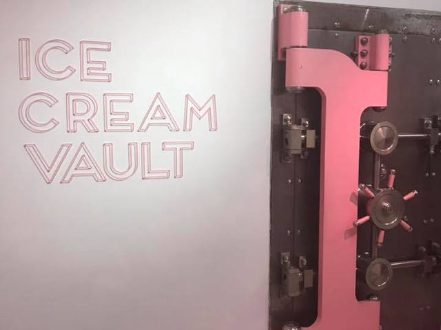 MOIC (spoilers about the museum of ice cream)