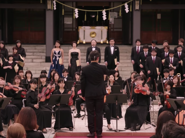 Here's a Trailer for Mozart in the Jungle, That Classical Music Soap Opera Some People Enjoy