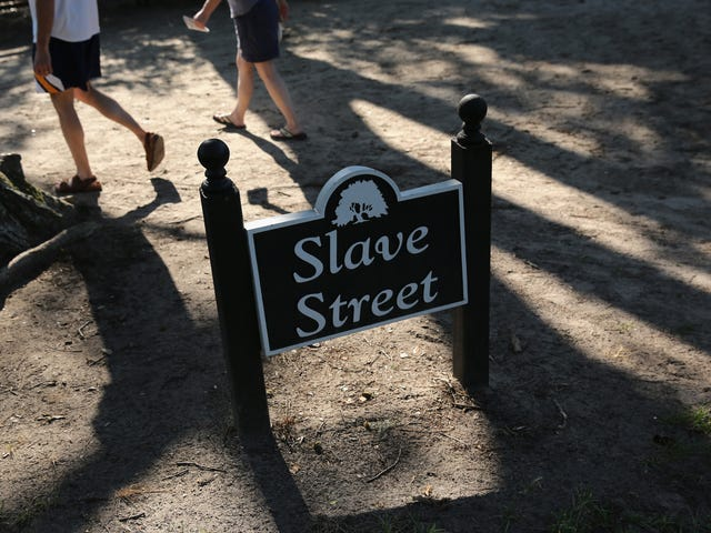Is Anyone Shocked That Slavery Continued a Century After Emancipation?