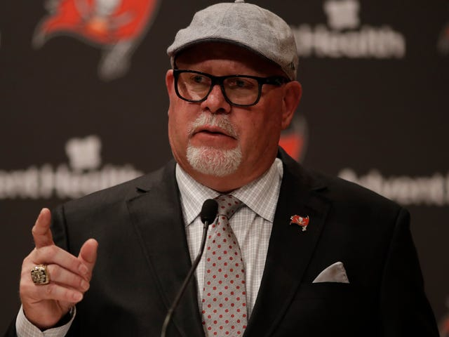 "Bruce Arians Breaks Out The Dreaded ""Diva"" Label To Describe Antonio Brown"