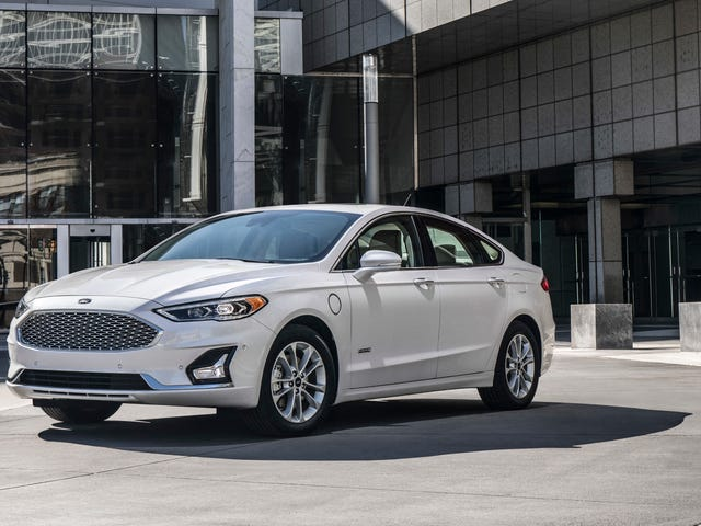 The Ford Fusion, Which Will Die In Ford's Carpocalypse, Still Does Huge Sales
