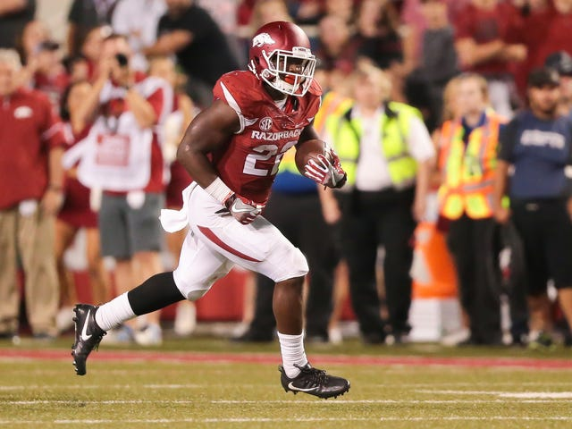 Former Arkansas Running Back Sues Insurance Firm For Wriggling Out Of His Million-Dollar Policy