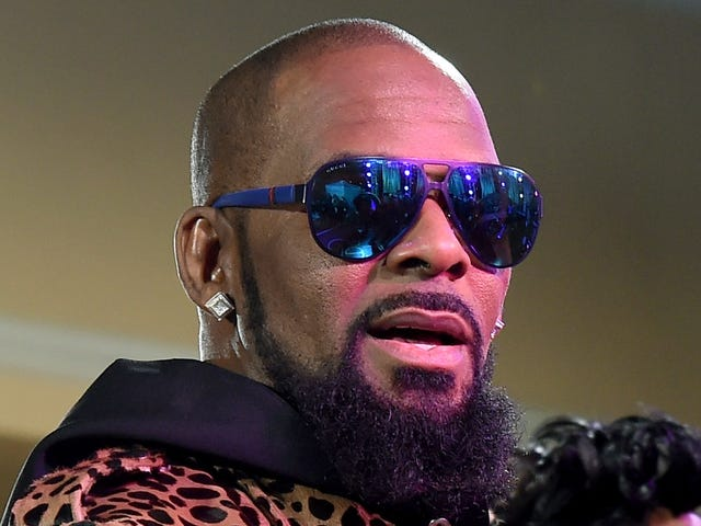 'This Is Not New': 2 More Women Speak Out About R. Kelly's Alleged Sexual Abuse