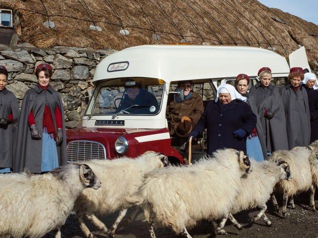 助産師に羊の幸せなクリスマスを願って