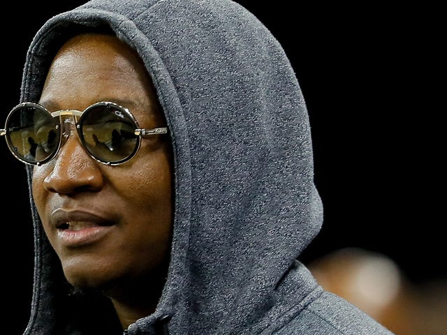 Conk Fight: Days After Usher Debuts a New 'Do, Yung Joc Says 'Hold My Beer'